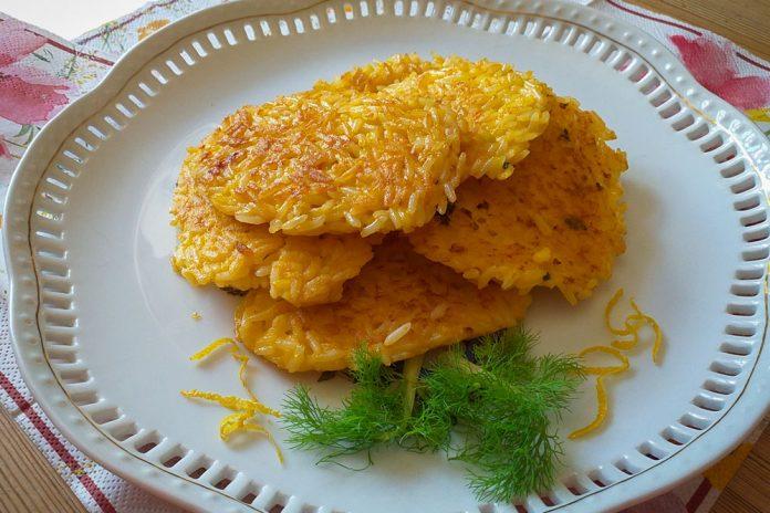 Schiacciatine di riso al prosciutto